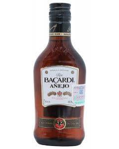 Ron Bacardi Añejo  200 ml